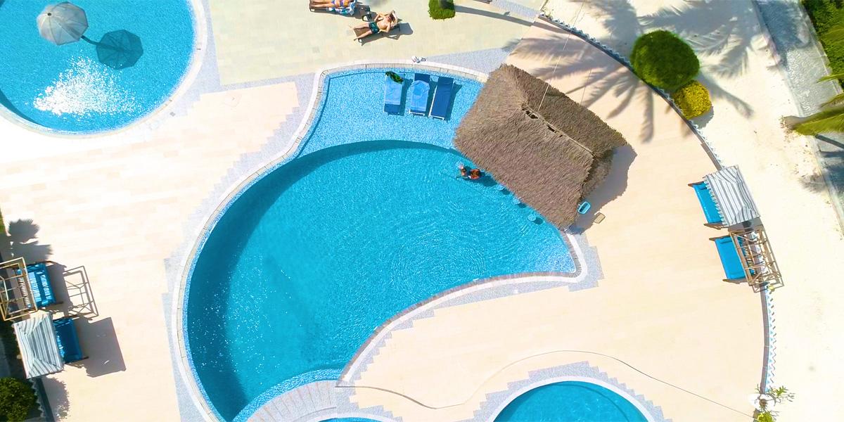 Resort 6
